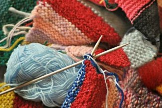 Knitting wool & needles
